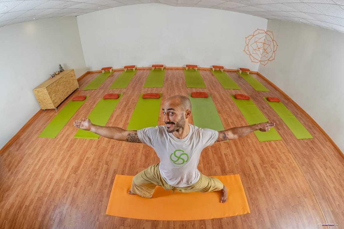 Pancho en las clases de Yoga